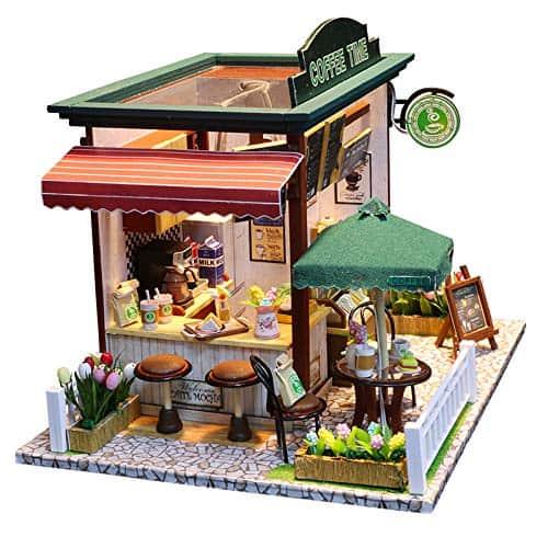 casuta din lemn pentru papusi cafenea