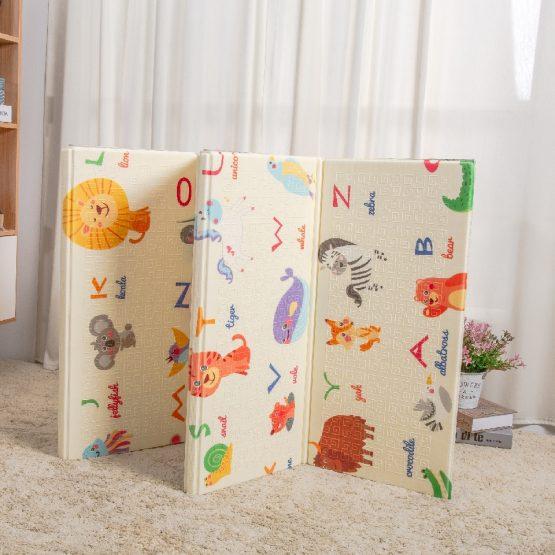 covor de joaca creative alfabetul animalelor1