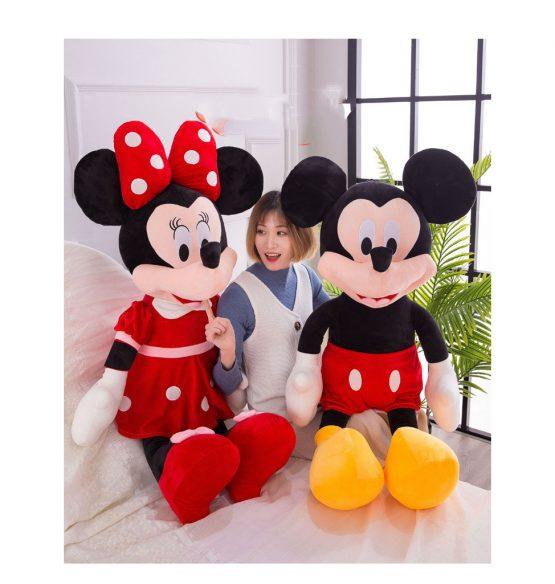 minnie mickey mouse plus jumbo mare1 555x584 1