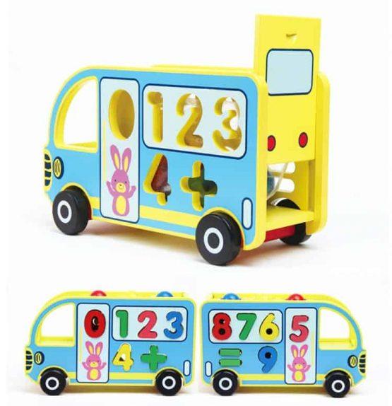 autobuz din lemn jucarie multifunctionala ciocanel cifre cu roti1 555x574 1