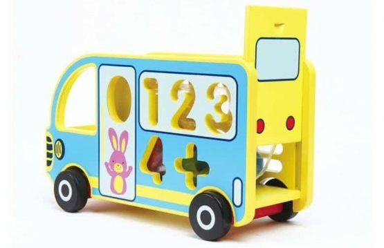 autobuz din lemn jucarie multifunctionala ciocanel cifre cu roti3 555x359 1
