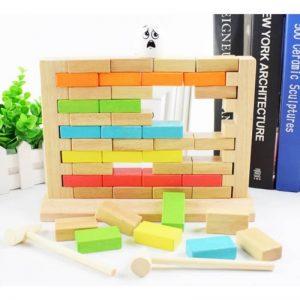 joc montessori loveste zidul